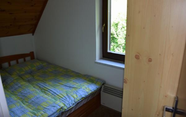 pokoj-c--1---manzelska-postel