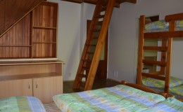 pokoj-c–3—manzelska-+-patrova-postel